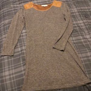 Grey long-sleeved dress with brown sueded detail